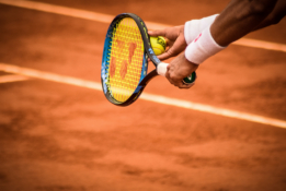 Liūdnos žinios R. Nadalio fanams - tenisininkas praleis Vimbldoną ir Tokijo olimpiadą