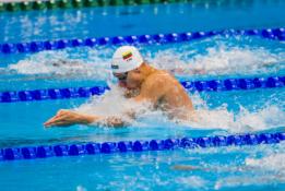 Pusę distancijos pasaulio rekordo tempu plaukęs A. Šidlauskas pateko į pusfinalį