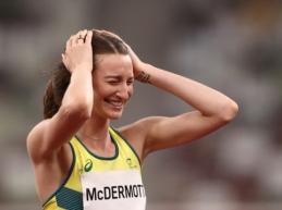 Įkvepianti istorija: Australijos šuolininkė į aukštį laimėjo sidabrą ir įvykdė savo svajonę, kurią sugalvojo būdama 9-erių