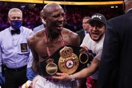 """Y. Ugas išsiliejo ant WBA: """"Ką Stanionis padarė per 13 kovų, kad kovotų su manim?"""""""
