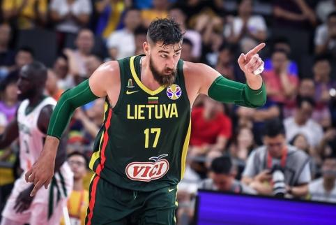 """Jonas Valančiūnas atsidūrė mainų sūkuryje: lietuvis siunčiamas į """"Pelicans"""""""