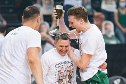 """Permainos Lietuvos granduose: Grigonis oficialiai keliasi į CSKA, Echodas palieka """"Rytą"""""""