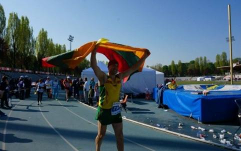 A. Sorokinas pagerino pasaulio bėgimo rekordą - virš 300 kilometrų per parą